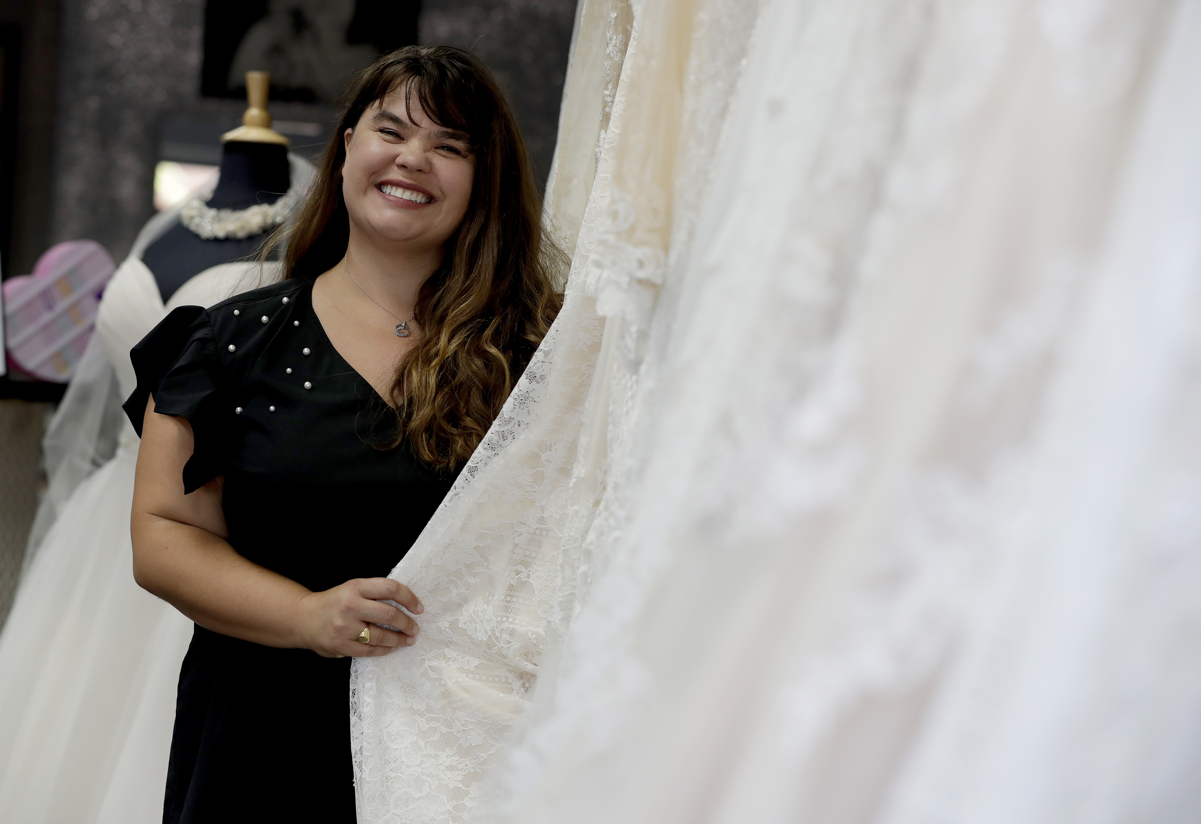 Virginia Beach bridal boutique to show teacher appreciation by ...