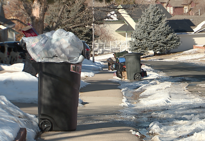 80129 Trash Pickup Christmas 2020 New year, same trash: Garbage pickup problem in Highlands Ranch