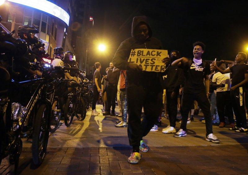 https://ewscripps.brightspotcdn.com/27/29/b8e281a442b6923a593bb5630860/columbus-protest.jpeg