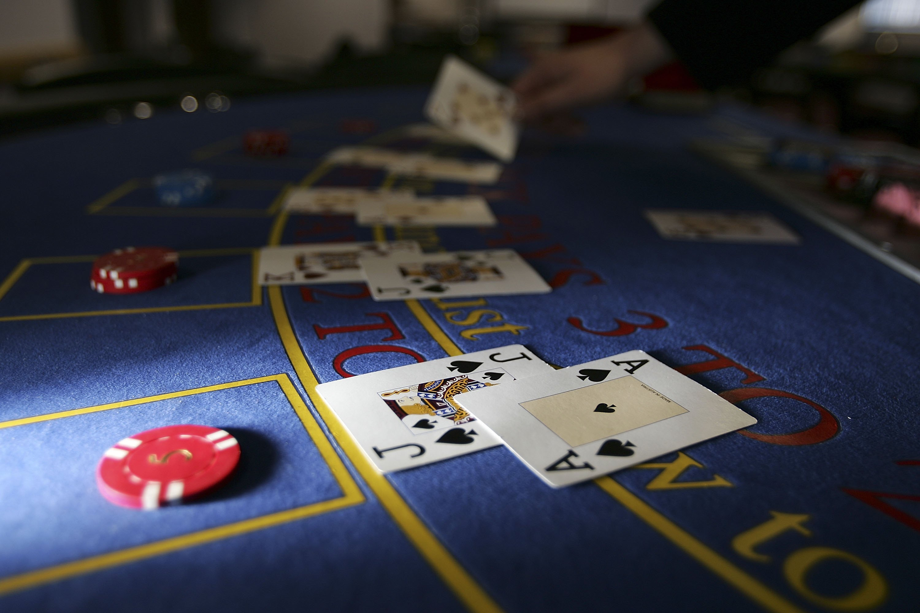 Before you go gambling: The best and worst casino game odds