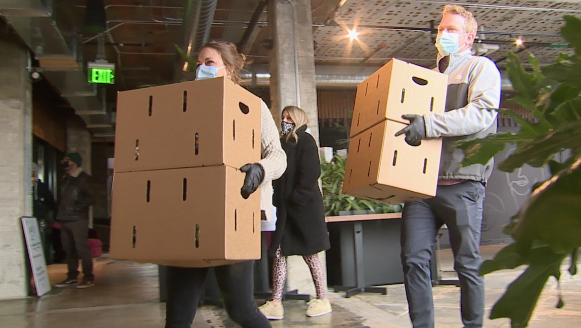 thedenverchannel.com - Liz Gelardi - Restaurant industry distributors team up to help out-of-work employees with groceries