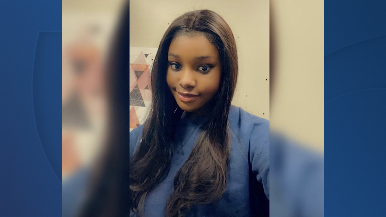 Family of 19-year-old Buffalo State College student pleads for help in finding her after her phone last pinged near Goat Island in Niagara Falls one week ago