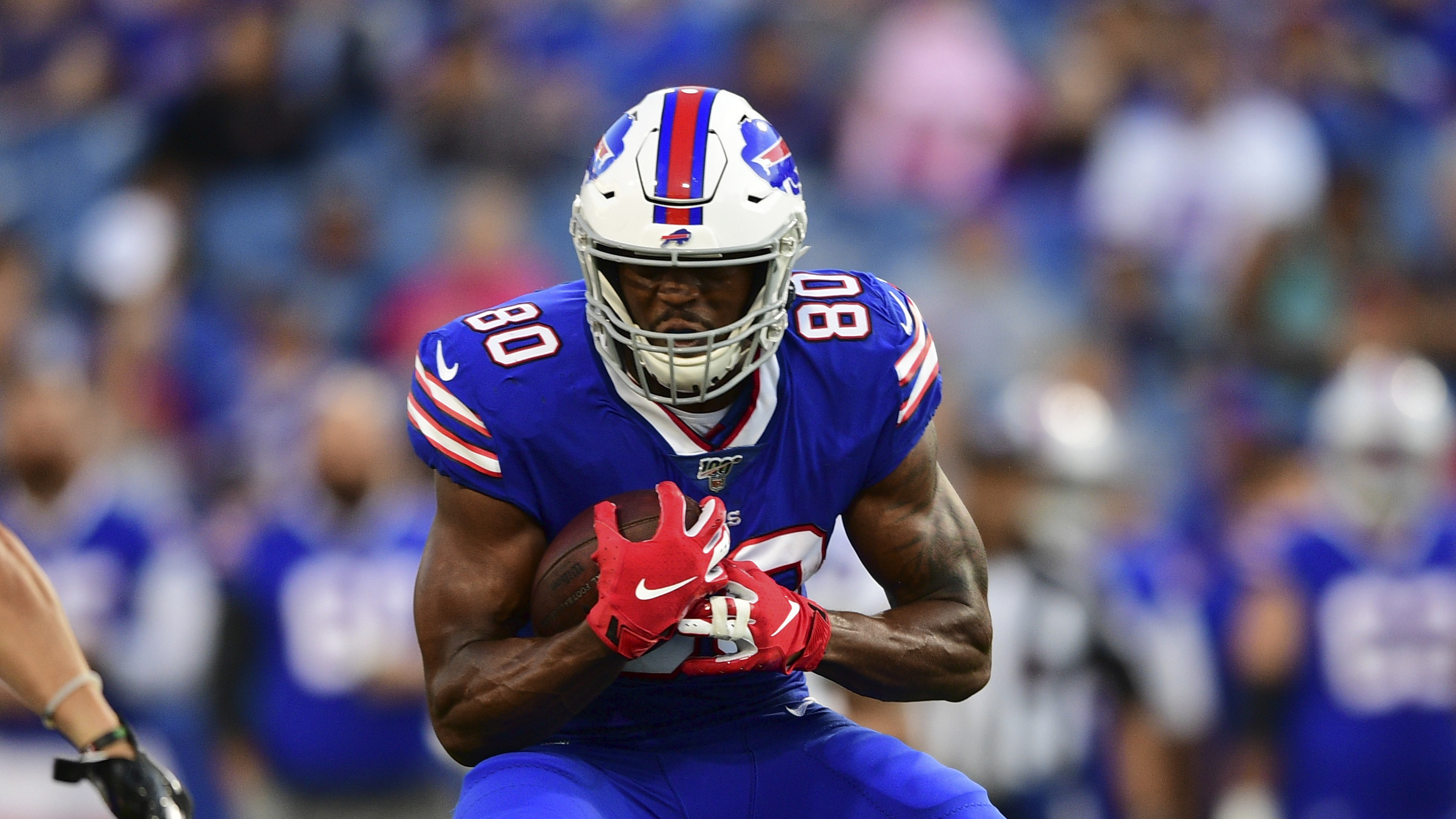 Report: Bills re-sign Jason Croom to one-year extension