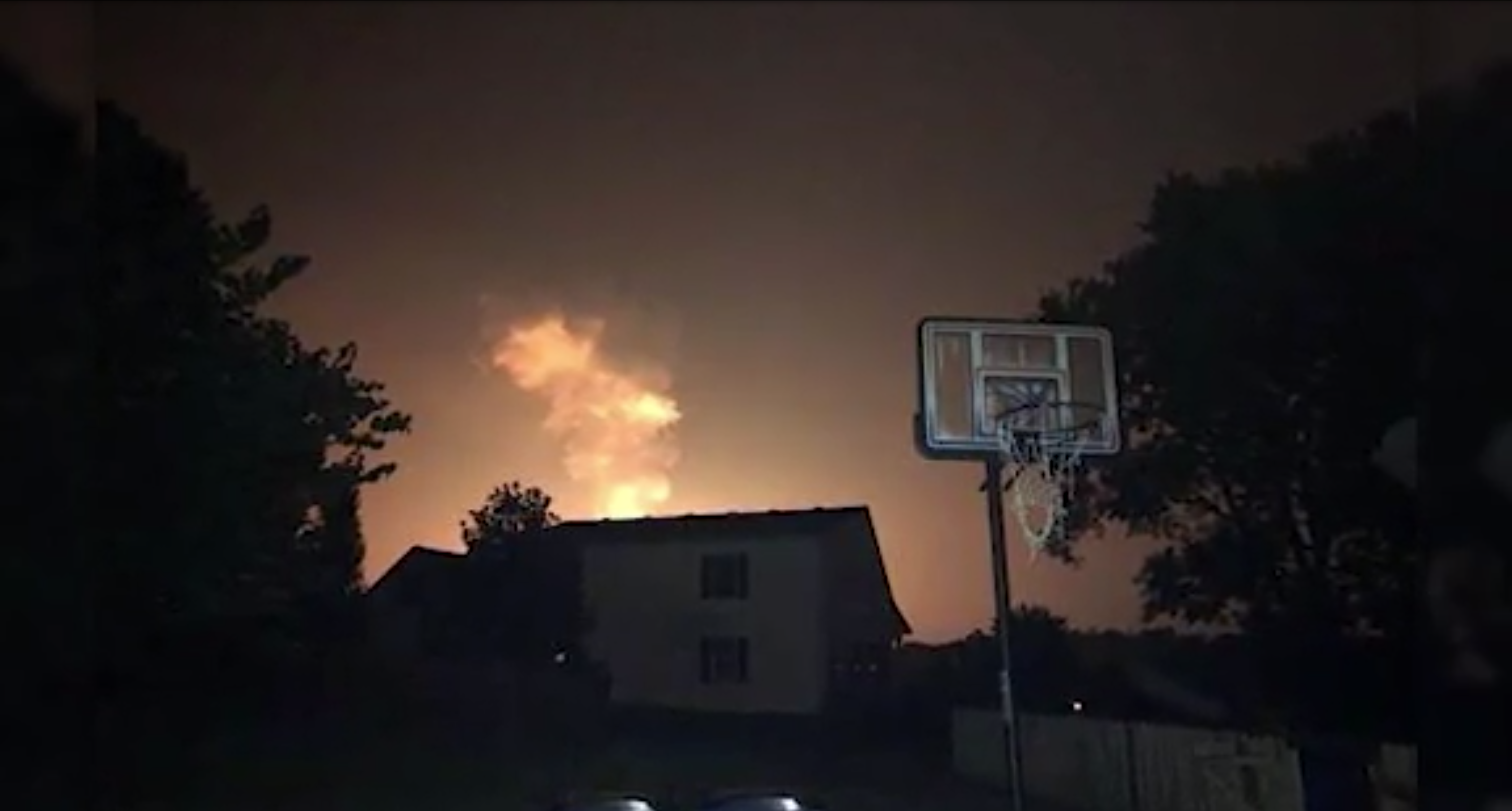 1 killed, 5 injured in massive Kentucky gas line explosion
