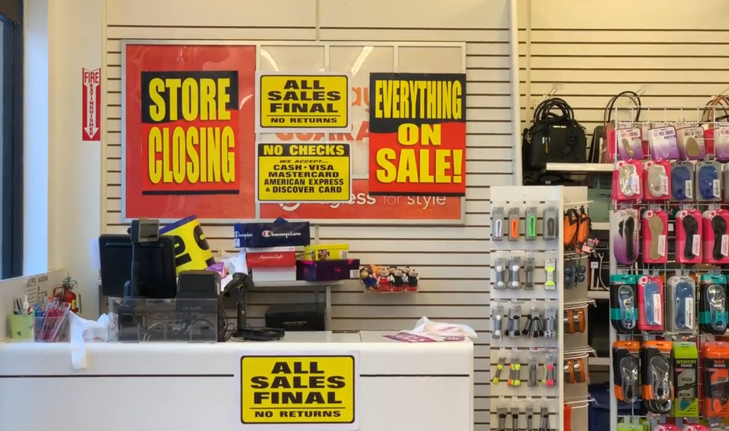 0a6ed3325aa More chain retailers to join Payless in closing their doors in 2019 ...