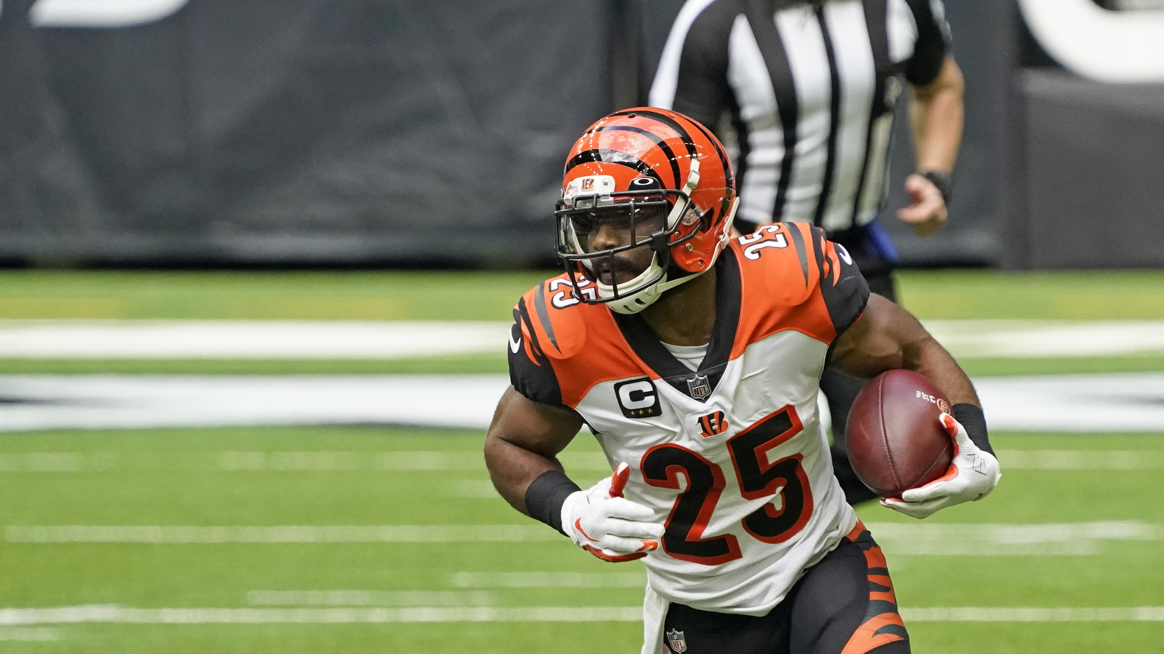 Bengals RB Giovani Bernard bids Cincinnati farewell