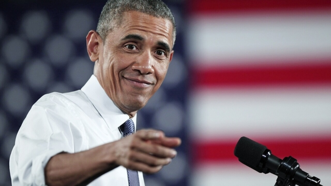 Obama backs bill to overhaul chemical regulation