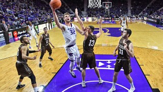Wade takes over in 2nd half, No. 12 Kansas St. sinks Lehigh