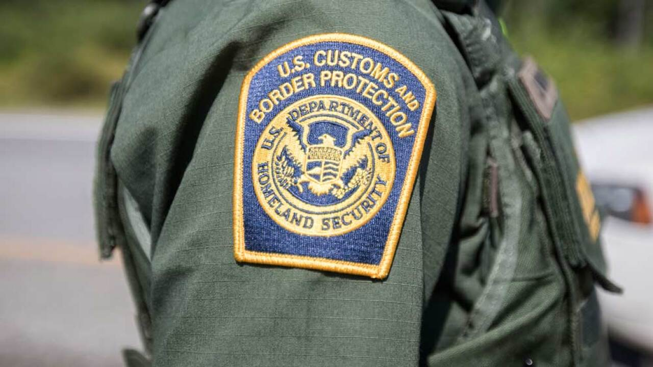 Border migrants expected to be sent to Palm Beach, Broward counties