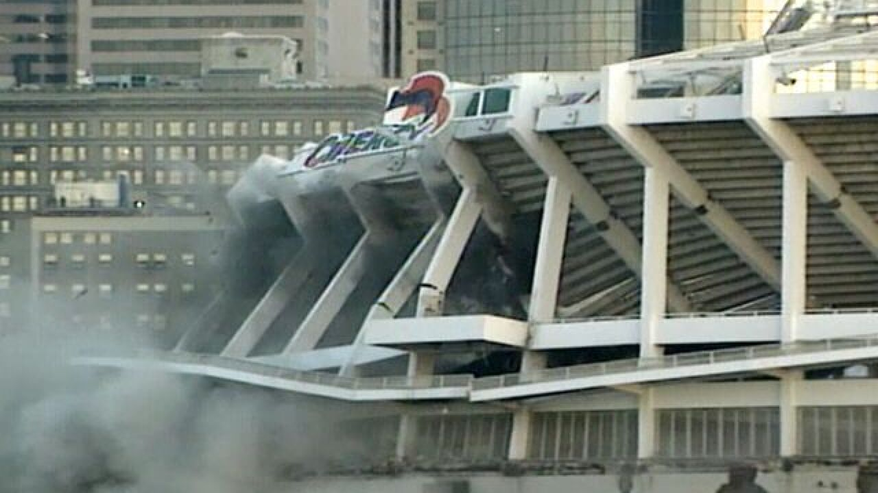 Look Back: Cinergy Field goes up in smoke, dust