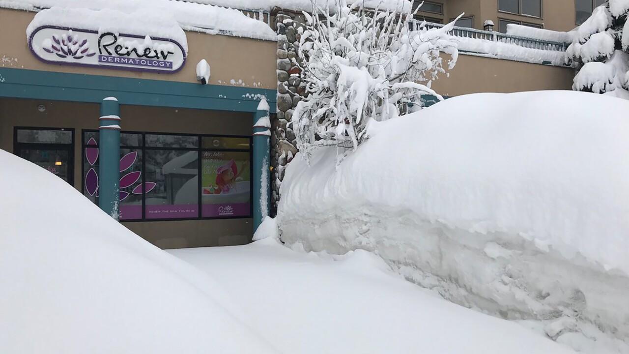 lots of snow in frisco.jpg
