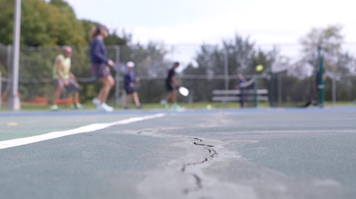 Cracks in the court