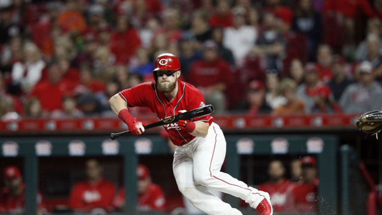 Tucker Barnhart saves his best game for one of Reds' worst