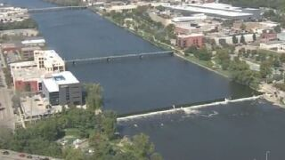 Proposal would allow you to boat from Lake Michigan toGR