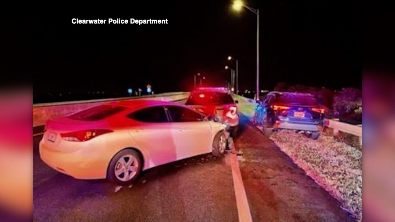 police cars-drunk drivers-crashes2.jpg