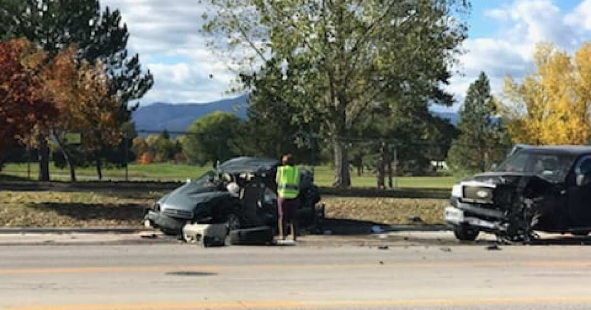4 hospitalized in Reserve Street head-on crash
