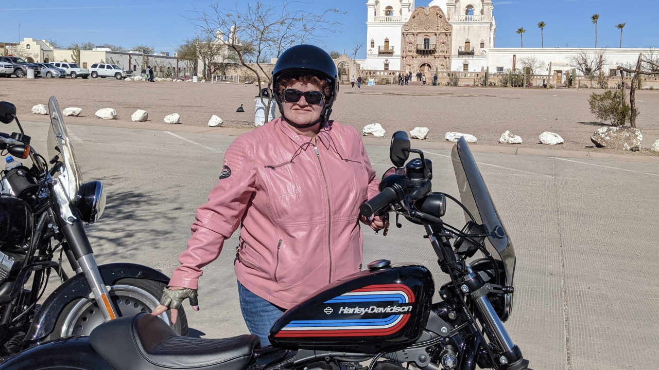 Traveling nurse gets support from Tucsonans