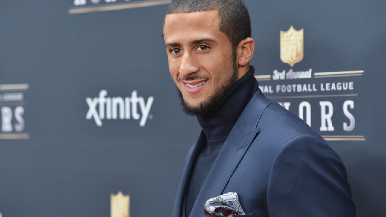 Colin Kaepernick clarifies remarks about Fidel Castro