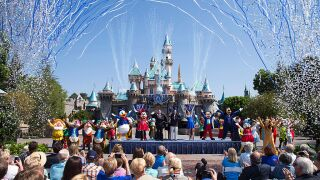 Disneyland offering annual passholders a 'bring a friend' discount