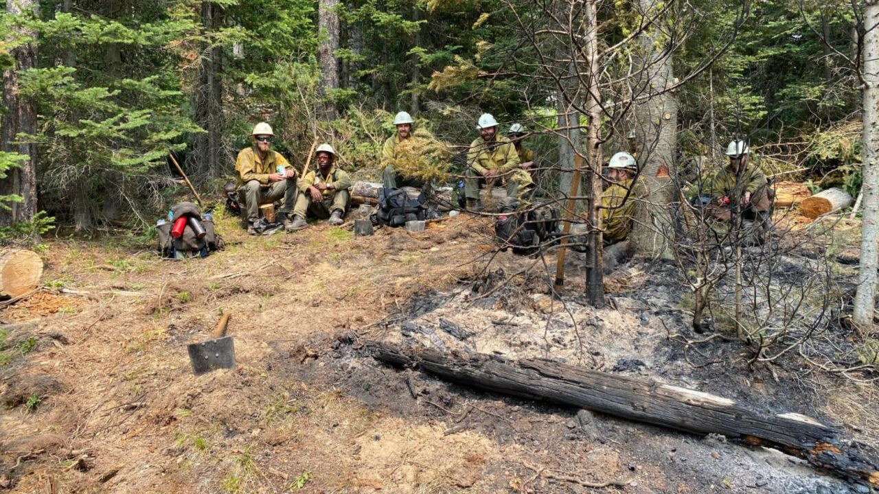 On the line with the hotshots