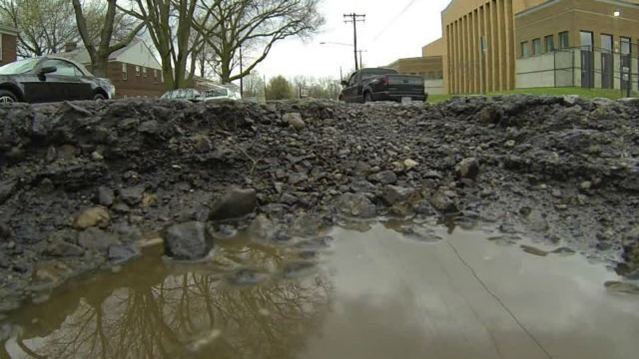 Indianapolis roads crumbling despite huge influx of infrastructure dollars