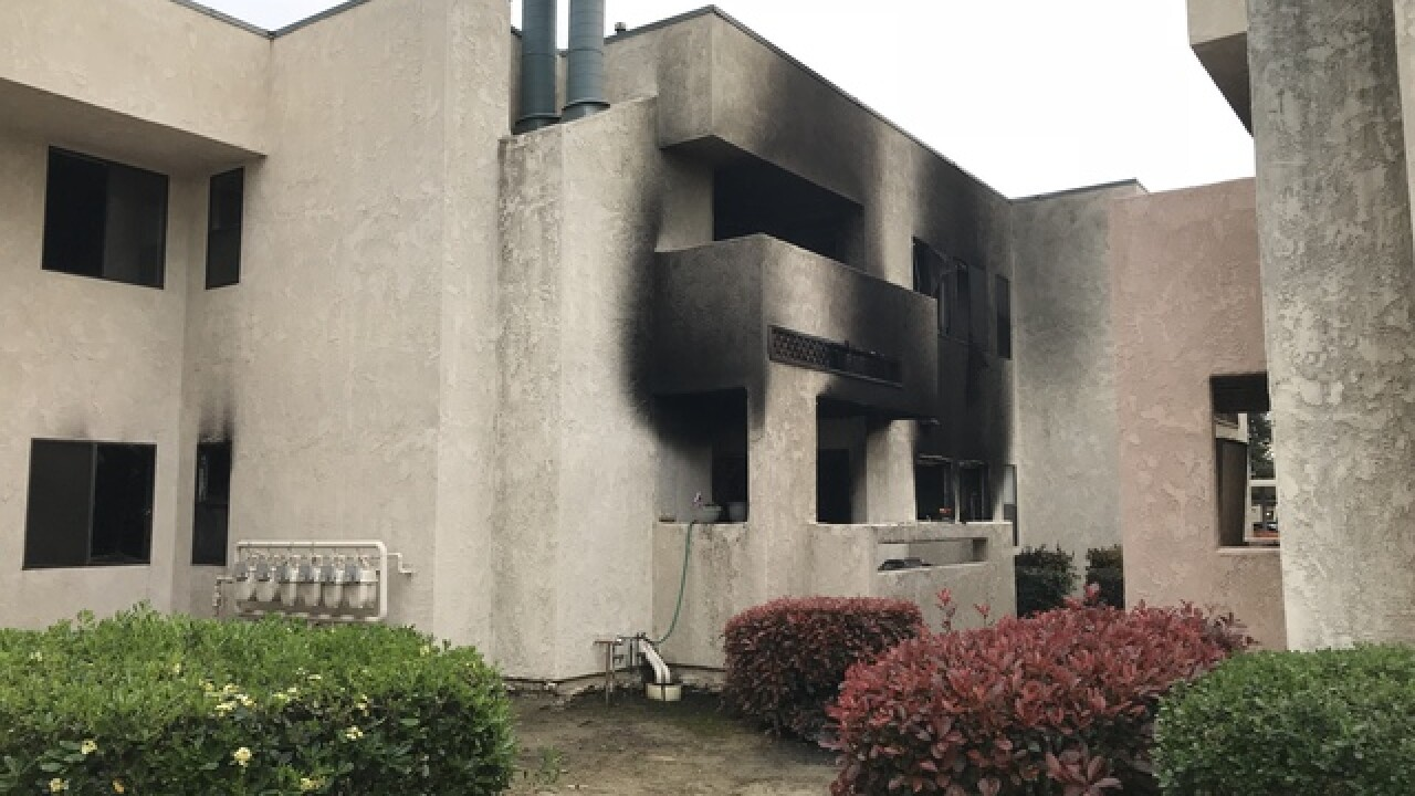 Fire at apartment complex extinguished