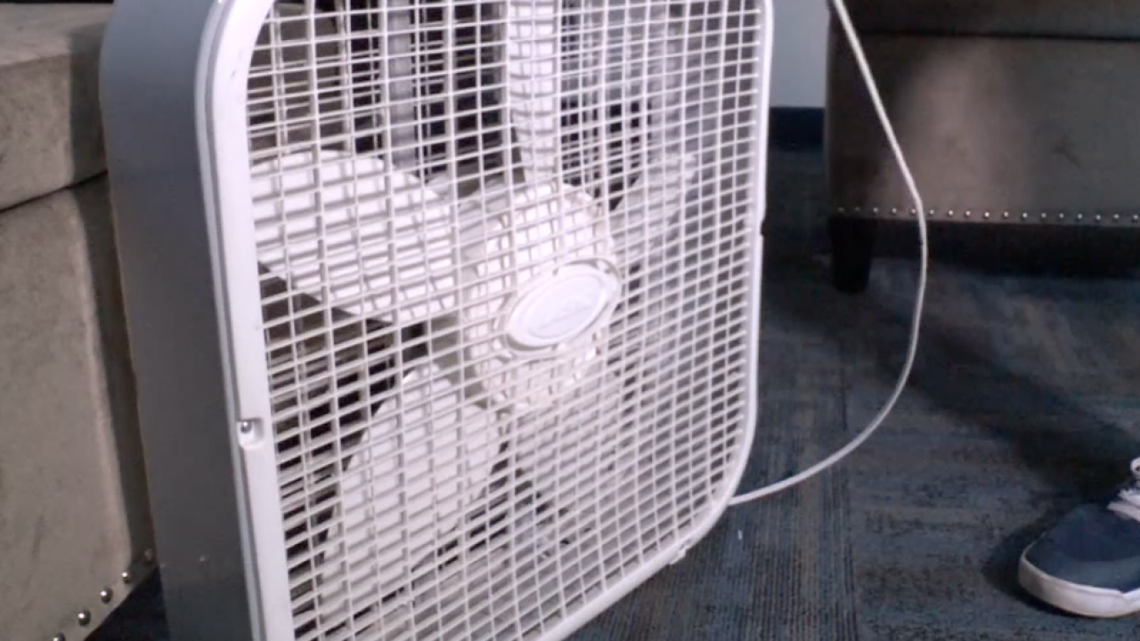 Doctors say avoid box fans in this heatwave — they may do more harm than good
