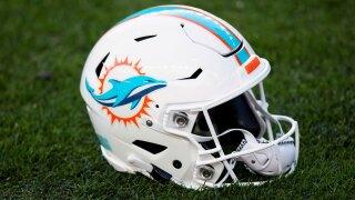 Dolphins Helmet, 2020