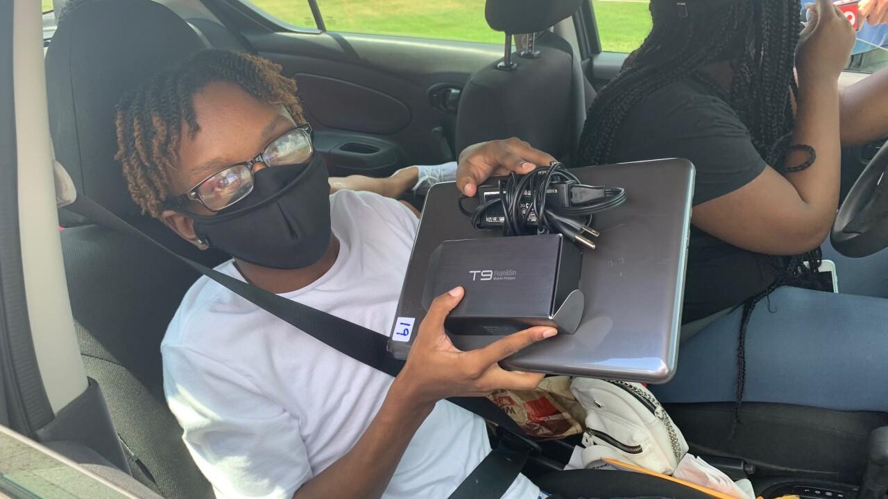 Laptop pickup