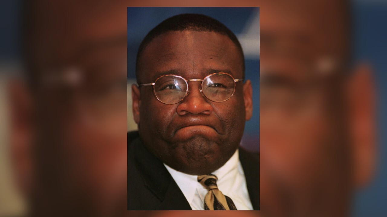 Former University of Oklahoma player, head football coach John Blake dies at 59