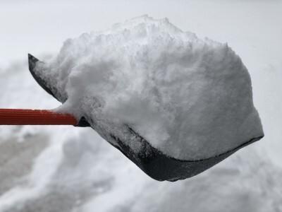Heavy, wet snow often triggers fatal heart attacks in shovelers