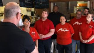 Al's Seafood featured on Restaurant Impossible
