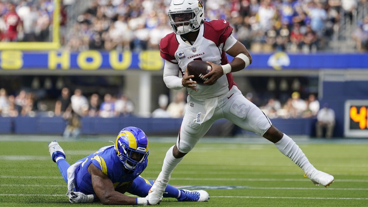 The Arizona Cardinals are trying to improve to 5-0 for the first time since 1974 when they host the San Francisco 49ers on Sunday. AP photo.