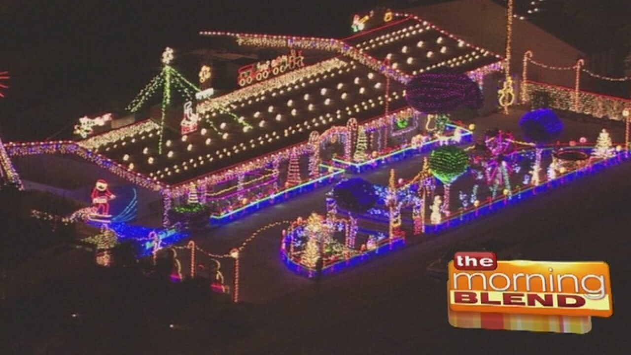 Christmas Light Fight.Great Christmas Light Fight Competitors 12 19 16