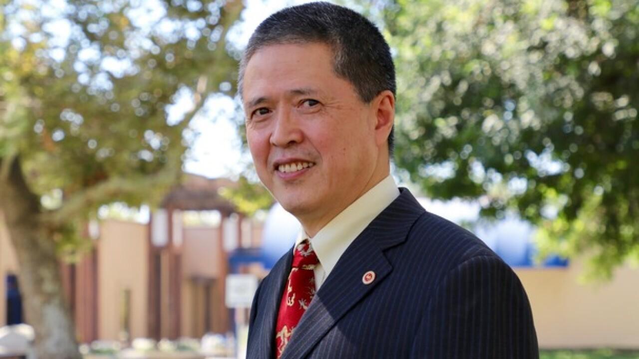 CSUB Professor named recipient of CSU award