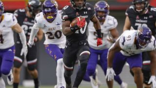 Where will Cincinnati Bearcats go bowling after 10-2 season?