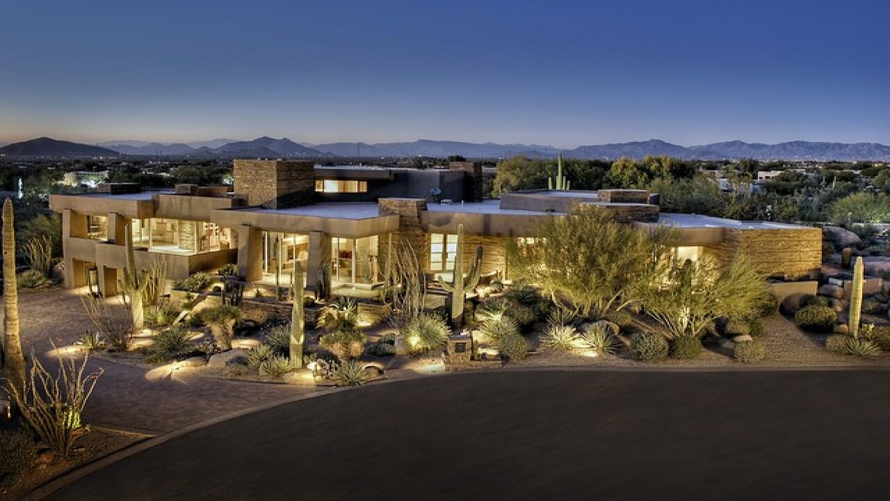 LUXURY! Arizona mansions for baseball lovers