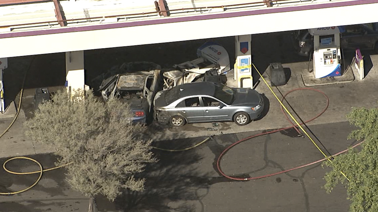 1 hurt in fire at gas station in Chandler