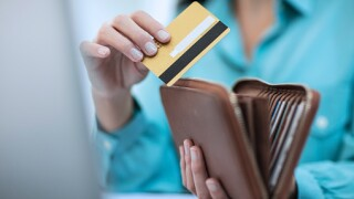 Smart holiday spending with credit cards