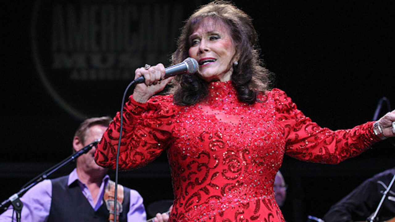 Country singer Loretta Lynn reportedly improving after stroke