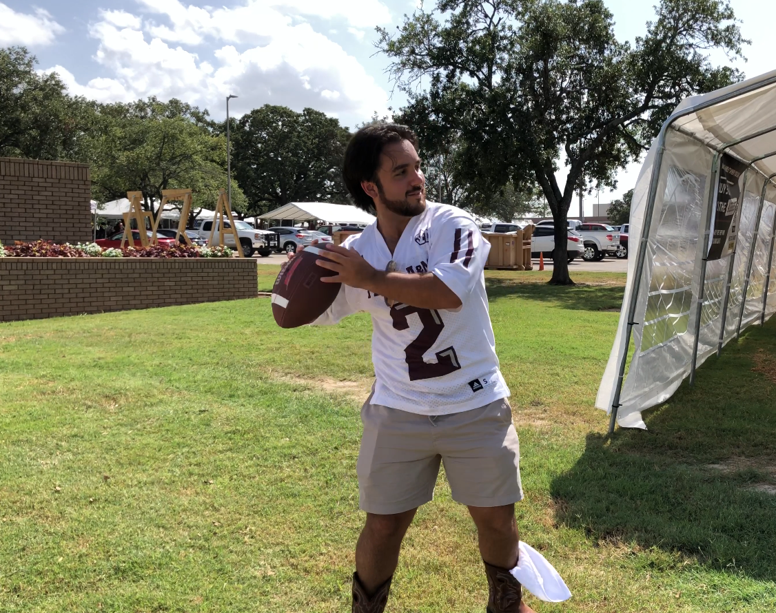 Texas A&M Football Throwing.PNG