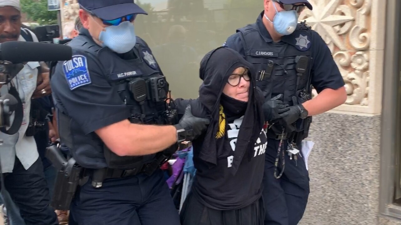 woman arrested.jpg