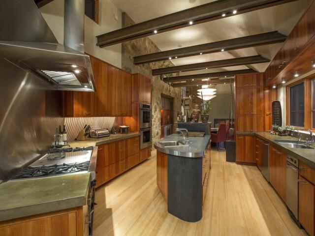 GALLERY: Inside Oprah's $14 million Colorado home