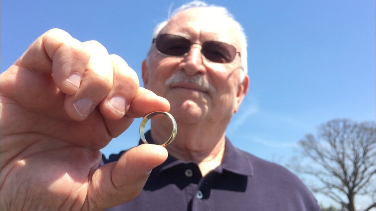 Husband reunited with lost wedding band just before 50thanniversary