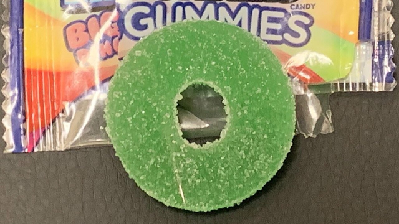 Tennessee mom finds needle in Halloween candy