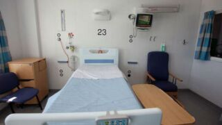 Less than 10% of ICU beds available in Arizona, 152 medical personnel sent in to help