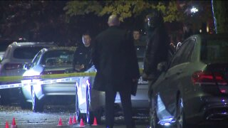 Man killed in Queens triple shooting