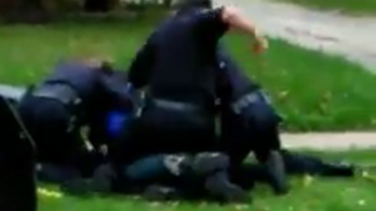 Video goes viral, man punched by police in Ohio