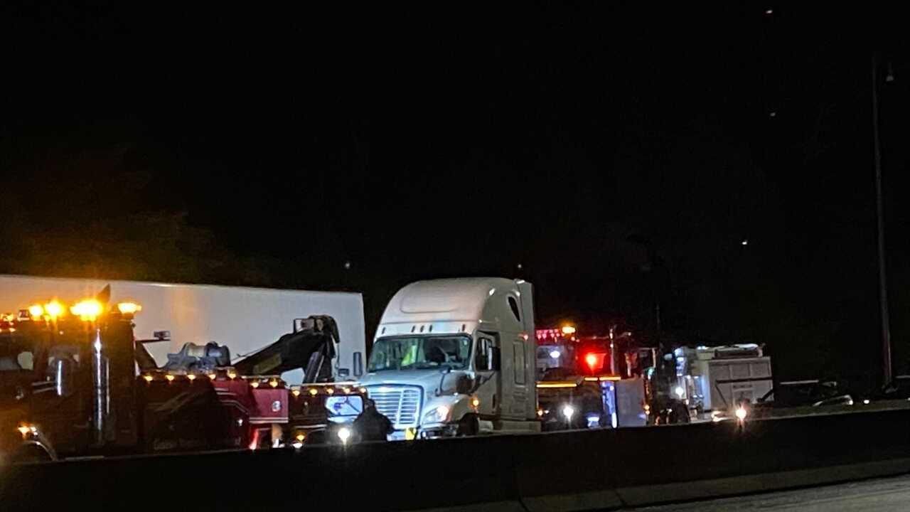 I-75N clays ferry bridge crash.jpg