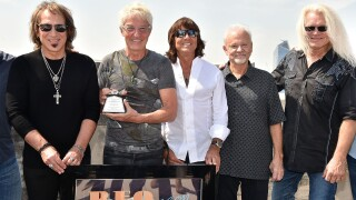 "REO Speedwagon Receives RIAA Diamond Award For ""Hi Infidelity"""